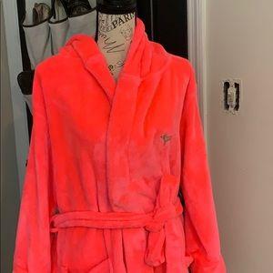VS pink robe